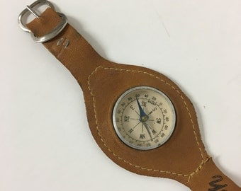 1950's Yellowstone Park Compass Watch//Vintage//Suede Band//Mid Century