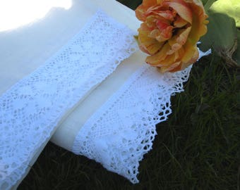 """Linen Guest Towels Set of 2 20 1/2""""x331/2"""" Natural Ivory With Two Different White Laces Wedding Gift"""