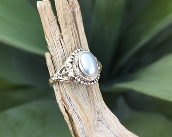 Genuine . Freshwater Pearl . Sterling Silver . Ring . Size 6.5