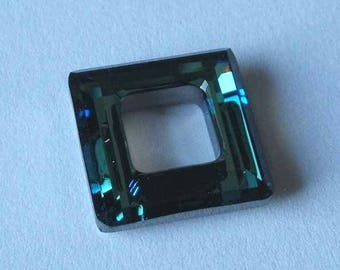 SWAROVSKI 4439 Cosmic Square Crystal 20mm BERMUDA BLUE