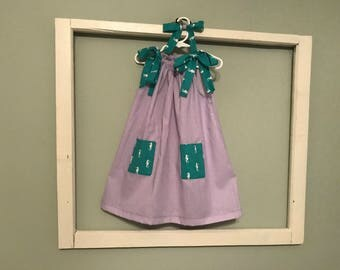 SALE - Summer Beach Girls Dress - 4T (Purple with small white polka dots and Seahorse pockets)