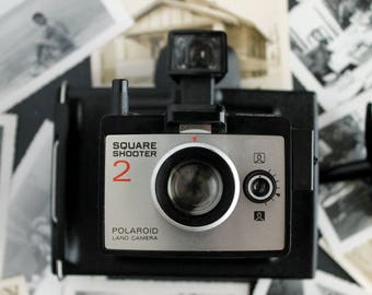 Vintage Polaroid Land Camera Square Shooter 2