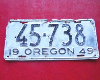 Vintage 1940s Oregon License Plate, Rustic Metal, Industrial Office Decor, Mid Century Modern Petromobilia, Primitive Farmhouse Shed