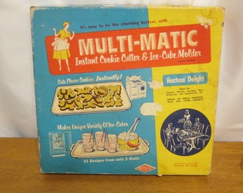 Vintage Wecolite MULTI-MATIC Cookie Cutter/Ice Cube Mold | 1950's In Box Retro Kitchen