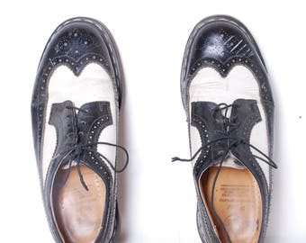 90s Dr. Martin 10 leather wing tip black and white chunky Original oxford shoes mens vintage lace up rubber sole ska indie rocker classic