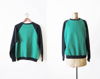 Vintage Sweatshirt / Raglan Sweatshirt / Crewneck / Green and Black 80s Pullover Jumper Medium