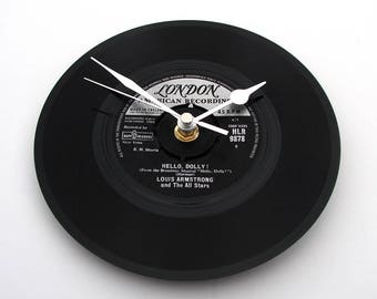 "LOUIS ARMSTRONG Clock ""What A Wonderful World"" made from a vinyl 7"" record Retro vintage gift for mum dad grandparents black and silver 60s"