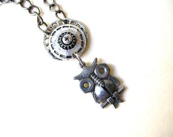 Robot Owl Necklace - Steampunk Necklace - Silver Tone