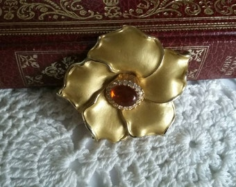 FALL Pretty Vintage Art Nouveau Style  Amber Glass Gold Floral Brooch, Dual Pendant