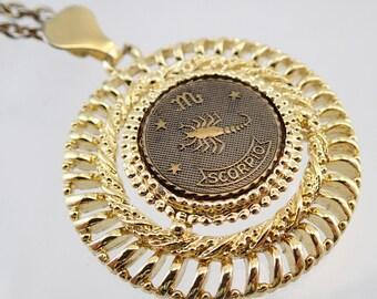 FREE Shipping Vintage Scorpio Coin Medallion Medal Pendant Necklace Zodiac Horoscope Gold Tone Big 70s Bling Disco Chain