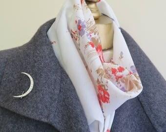 Floral square scarf, signed scarf, denim blue scarf, roses headscarf, ladies hair wrap, Patricia Dumont, vintage designer scarf