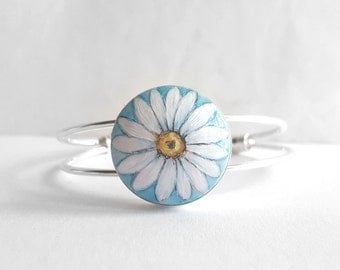 White Daisy Bracelet, Hand Painted Flower Jewelry, Handcrafted Bracelet, Adjustable Silver Color Cuff Bracelet, Arctic Green & White