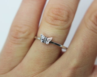 Butterfly ring - Sterling silver ring ''Butterfly'' Stacking ring -knuckle ring - gift - present  - delicate butterfly ring - tiny butterfly