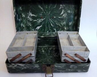 Tackle Box Bakelite Fishing Pete Henning Cantilever Shelves Green White Swirl Hard Plastic.  Plano Molding Co. Illinois.