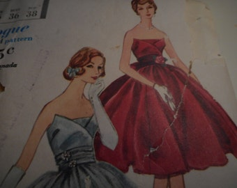 Vintage 1950's Vogue 9669 Evening Gown Sewing Pattern, Size 14 Bust 34