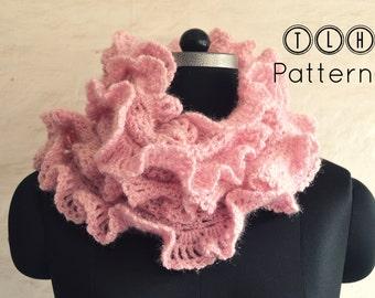 Crochet pattern, crochet scarf pattern, ruffled scarf pattern, crochet neckwarmer, scarf with ruffled edges, pattern no. 58