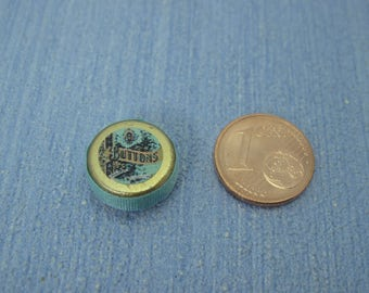 Gaël  Miniature romantic  round  cans boxes  1 :12 Dollhouse Miniature Home Decor Accessory. Handmade miniatures