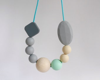 Teething Necklace, breastfeeding and teething accessories, BPAfree chewable silicone beads with natural round wooden bead by Mustard & Mint