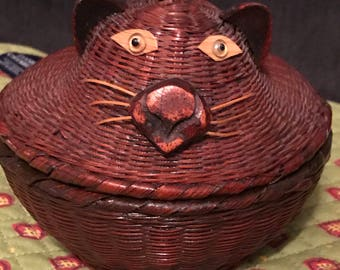 Cat Basket Trinket Box made in People's Republic of China