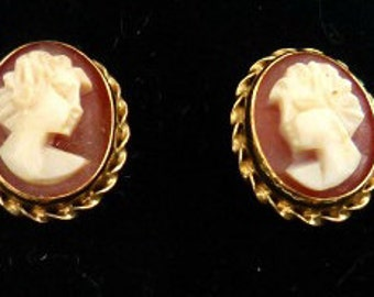Vintage Cameo 14K Oval Earrings - Victorian Cameo Earrings