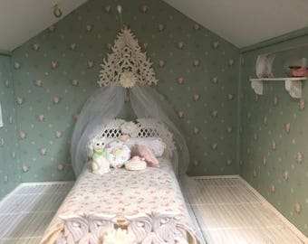 Cottage Chic lattice twin dollhouse bed set -Free Shipping to the US