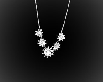 Hawaiian Dream necklace with silver embroidery