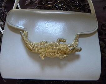 Alligator Purse, Vintage Faux White Leather Alligator Purse, Gold Crocodile Purse, Vintage 1970's White Shoulder Strap Purse, White Purse