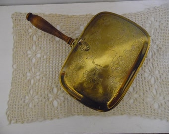 Vintage Brass with Engraved Lid and Wood Handle Ash Butler - Crumb Catcher - Silent Butler with Thumb Grab and Wooden Handle