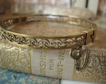 Vintage 12kt Gold Filled Winard Hinged Openwork Bangle Bracelet