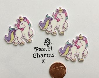 Pack of 3 resin unicorn embellishments