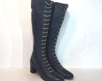 1960s Beth Levine Tony the Shoemaker navy blue leather boots with brass chains - size 8.5 AA - 1960s leather go go boots - 1960s gogo boots