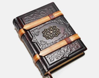 Handmade dark red brown leather journal - Medieval style, 6x8 inch (15x20 cm) in gift box with 640 pages (counting side by side).