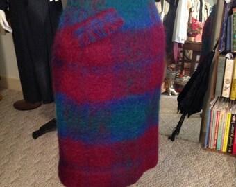 VTG. Elegant  1950's Scotland Pure Mohair Skirt
