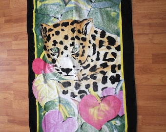 Vintage Cute Awesome Leopard Beach Towel. 90s Retro Rad Leopard Beach Collectible. Bad Ass Retro Lisa Frank Like Beach Towel