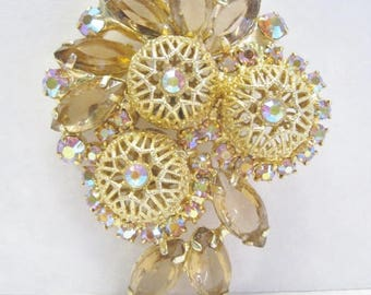 Vintage Rhinestone Brooch Filigree Design
