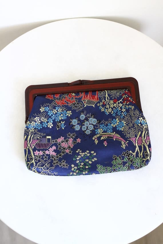 1970s blue embroidered purse // embroidered clutch // vintage clutch purse