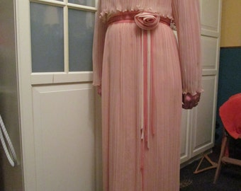 Beautiful large L size 1960s 1970 Miss Elliette pink lace chiffon dress awesome vtg