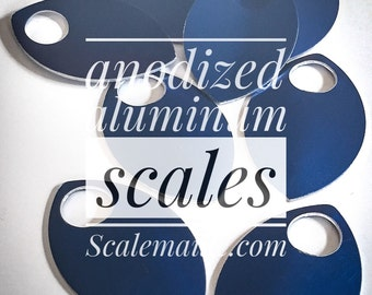 100 large anodized aluminum of scales (blue)