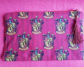 Harry Potter Gryffindor inspired zipped pouch