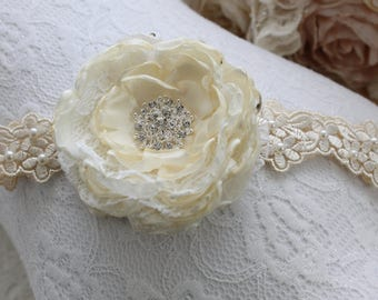 Baby Headband beige/ivorysatin/white lace headband single satin rose detail.