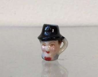 "Dollhouse Miniature Stan Laurel Mug by BN  1"" scale   (JL)"