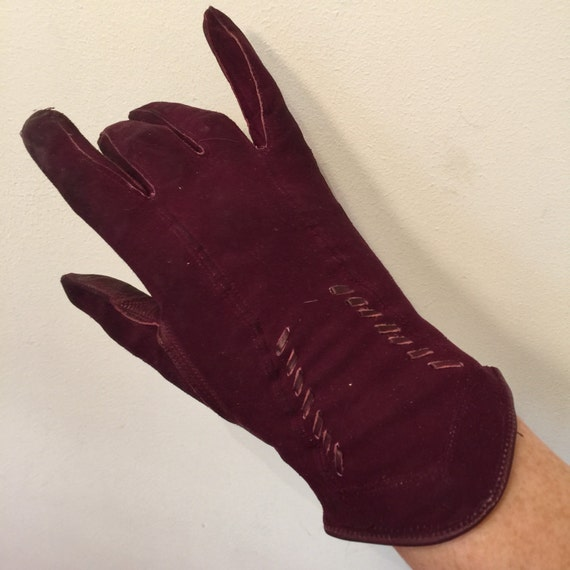 Vintage gloves leather suede gloves maroon burgundy size 6 6.5 1920s fine leather gloves Art Deco accessory 1940s 1930s