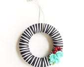 Small wreath, christmas wreath, paper flowers, bright holiday decor, gift for mom, gifts under 20, gift for her, gift for grandmom