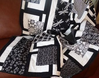Black and White Throw Quilt, Contemporary Sofa Lap Blanket, Handmade quilted black white cotton, dragonfly modern quilt, geometric fabric