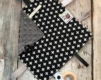 baby 'Rikiki' blanket, white cross on black, ivory, grey or black minky
