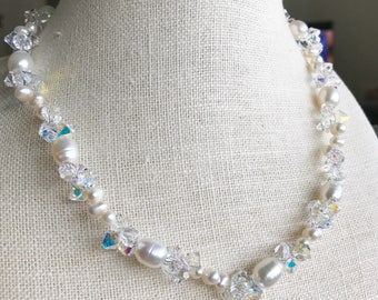 Freshwater Pearl necklace with crystal cluster NL20178