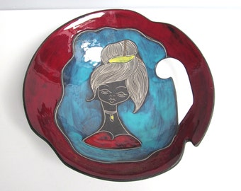 Vintage Retro mid century Ceramic bowl centerpiece large bowl Sgraffito Titano Girl Italy Italian San Marino Red blue black D 12.6 in/32 cm
