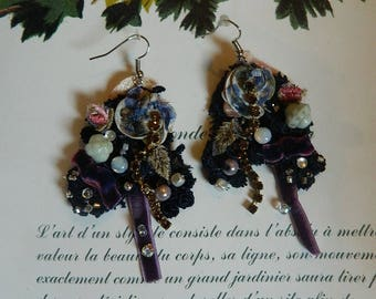 Earrings beaded, decorated and embroidered, velvet, strass, jade, smoky brown strass, lace