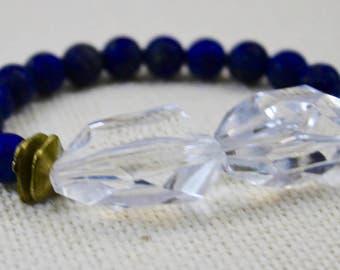 Lucite and Lapis Lazuli Stretch Bracelet