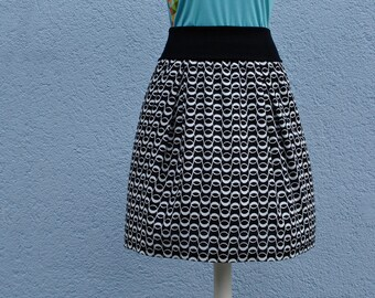 light summer skirt in black/white wave pattern ladies skirt skirt women summer skirt black and white wave print